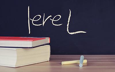 Soutien scolaire (1ère L - première) - SchoolMouv |