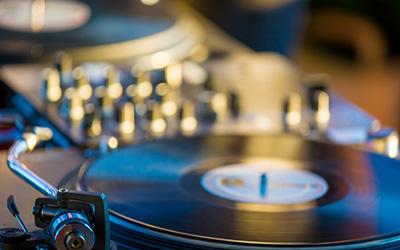 Apprendre le Scratch - Les fondamentaux du DJing |